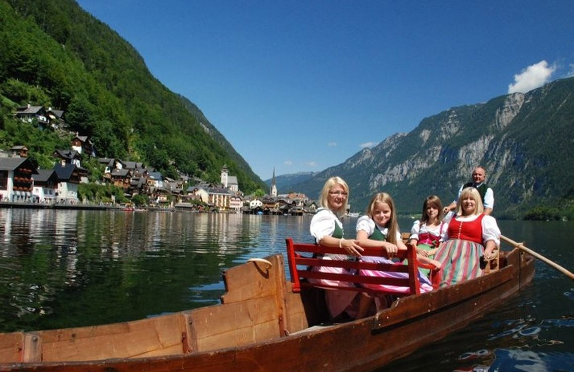 Websitepicture Hallstatt Hallstaettersee Tradition Fuhr C Kraft 112 Cropped